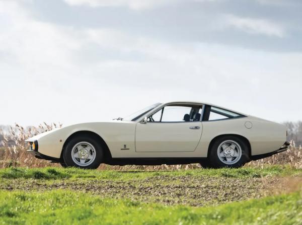 FERRARI GTC4 -1971
