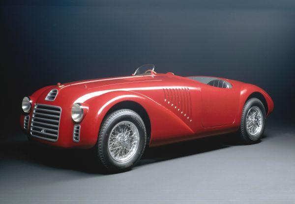A Milano AutoClassica i Musei Ferrari