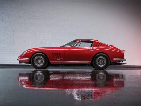 Monterey : all'asta una collezione di 13 Ferrari da 20 milioni di dollari