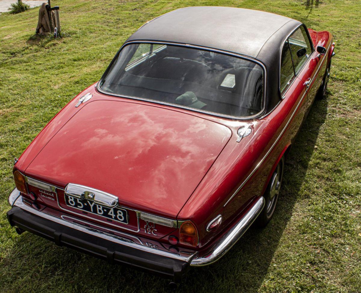 OldCar24 - JAGUAR XJ12(1972-1992) Coupè red d'epoca in ...